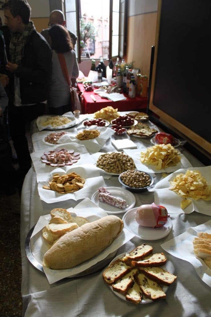 aperitivo at cultura italiana bologna